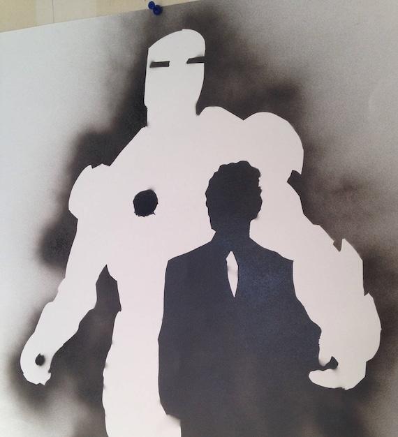 Surréaliste Iron Man Pochoir Peinture de pulvérisation sur papier de | Etsy LA-21
