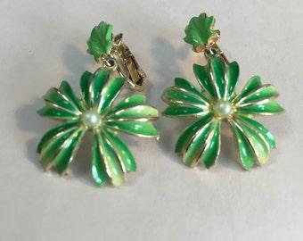 Vintage Leaves and Pearls Earrings