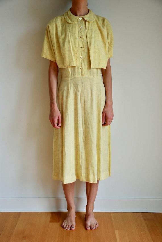 40's rayon pale yellow shirt dress with matching … - image 2