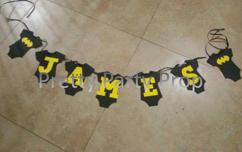 a63faa14a5689 Bannière de Batman baby shower. Batman grenouillère bannière