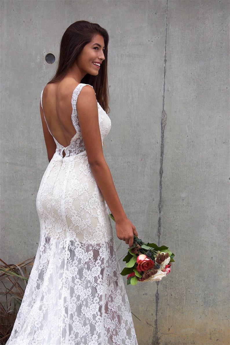 a69fa4ea1c Playa de novia vestido Backless vestido Bohemia bajo posterior