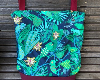 Chameleon in Leaves Reptile, Lizard, tote bag, Reusable shopping bag Great for groceries, shopping, lunch, or overnight bag , Canvas lined