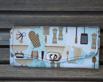 Retro kitchen tool, cooking supplies wallet, based on the NCW pattern, Accordian wallet., removable crossbody and wrist strap