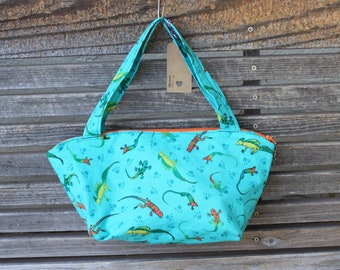 Gecko Lizard reptile  fabric, vinyl lined bag, perfect for snack or lunch, cosmetics, makeup or even as a purse, Use as a fun gift bag