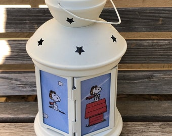 Peanuts , Snoopy Flying Ace Lantern, Nightlight.   Perfect for bedside or bathrooms, includes battery tea light