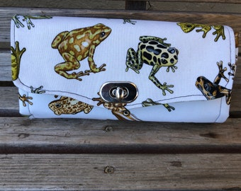 Frogs, toads wallet, based on the NCW pattern, Accordian wallet. Lots of places for necessities, so handy and roomy.