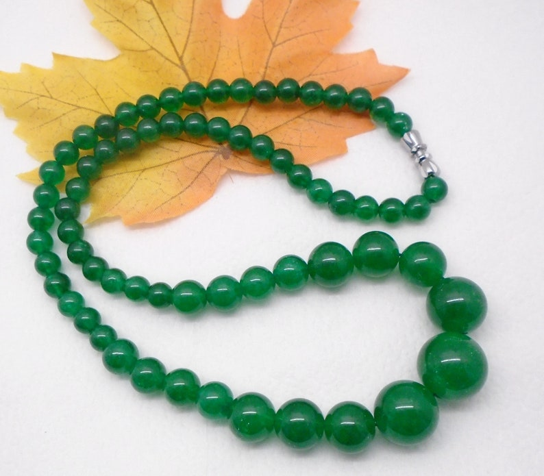 Malay Jade beads green around hippie bohemian gipsy design necklace Collier silver plated rotary clasp new