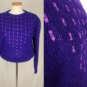 Vintage Knit Pullover Sweater in Dark Blue with purple /& Violet Medium to Large Vintage