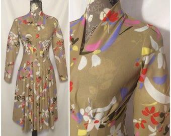 Vintage 1970s Floral Pleated Dress // S