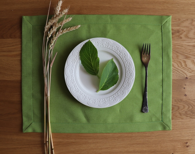 Green natural linen placemat set of 6 8 10 12,Thick linen placemats, Christmas linen placemats, Thanksgiving placemats, Easter Placemats,