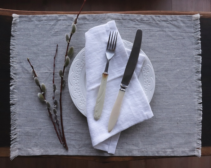 Washed linen placemats with fringed edges , Light gray linen placemats, Organic linen placemats, Placemat of linen flax, Easter placemats