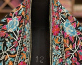 Tilla Outlined Papier Mache Hand Embroidered Pure Pashmina Shawl, Pure Cashmere Shawls, Black Boho Pashmina Wrap Embroidered Kashmir Shawl
