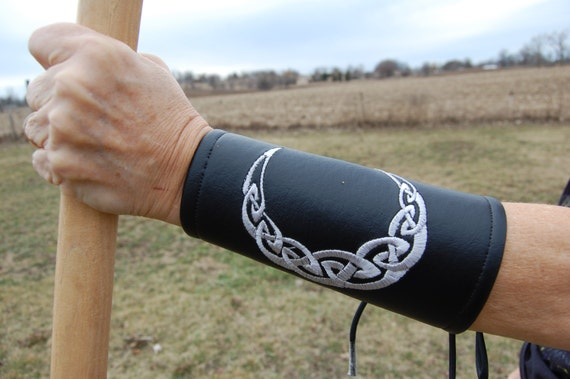 LARP,Cosplay,Halloween,Fantasy Celtic Tree of Life Bracers Brown Faux Leather Renaissance,Medieval