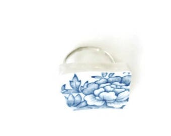 romantic ring, blue jewelry, ceramic ring, broken china jewelry, vintage design, floral jewelry, ceramic jewelry, floral jewelry gift
