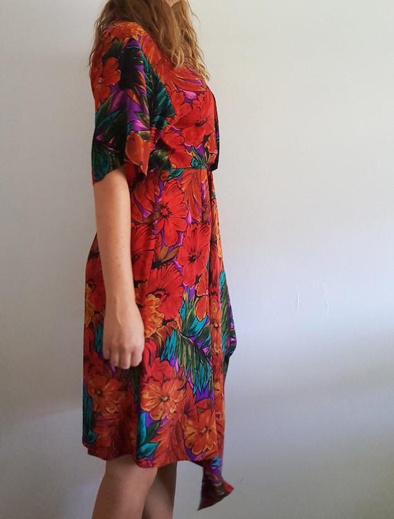 1980's Floral Silk Wrap Dress - Vintage Maggy Lon… - image 5