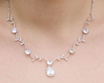 Wedding necklace, Zircon Bridal necklace, Leaf Wedding necklace, CZ Crystal necklace, Silver Cubic Zirconia necklace, Zircon Bridal Jewelry