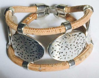 Portuguese cork and zamak double row women's vegan bracelet