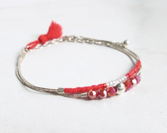 Bracelet 3 chains silver, fine, modern, crystal red pearls and silver pearls, matching pompom, unique creation, fashion