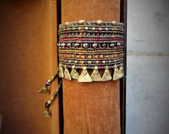 Tribal gypsy macramé bracelet