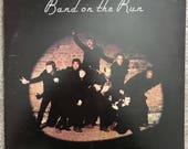 Paul McCartney Wings, Band on the Run, original 1973 EMI Records, SO-3415, Apple Records, includes inner photo sleeve and poster