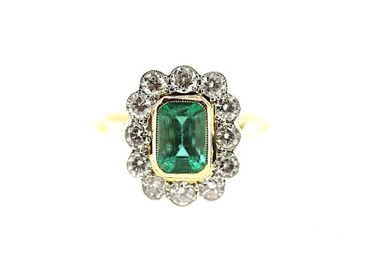 Vintage Emerald Diamond Ring / Green Emerald Vinta