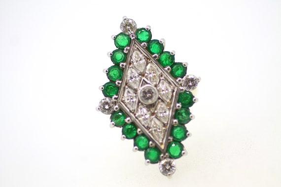 Vintage Emerald Diamond Ring / Diamond Shape Emer… - image 2
