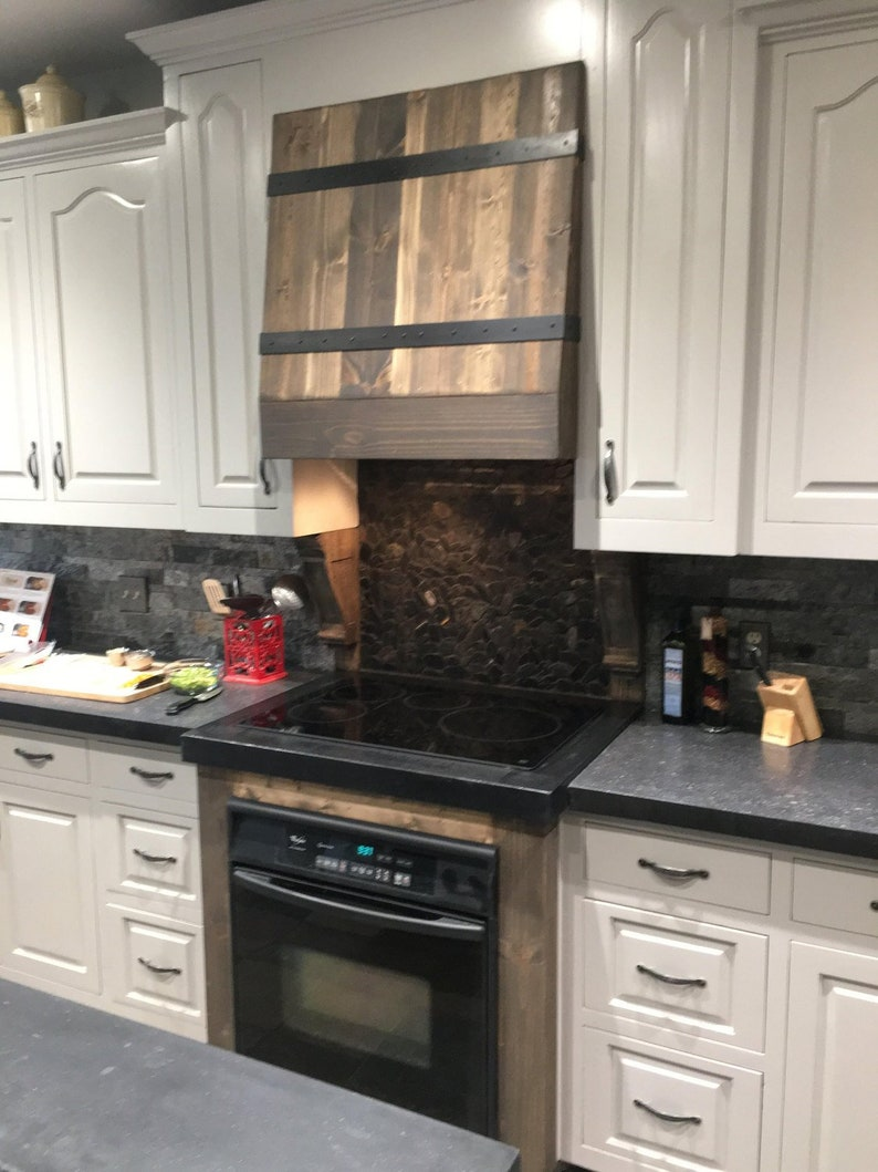 Pine And Metal Kitchen Vent Hood Kitchen Decor Modern Rustic Farmhouse Home Renovations