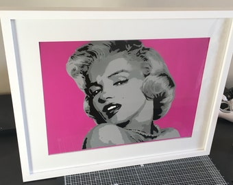 Marilyn Monroe stencil spray painting