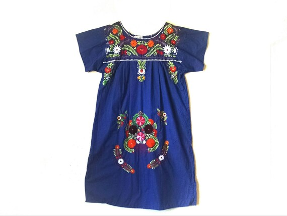 Vintage Mexican embroidered bohemian hippie midi d