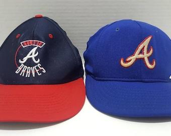 a3b75ccba5eef official lot of 2 vintage mlb atlanta braves snapback adjustable hats made  in usa logo 7