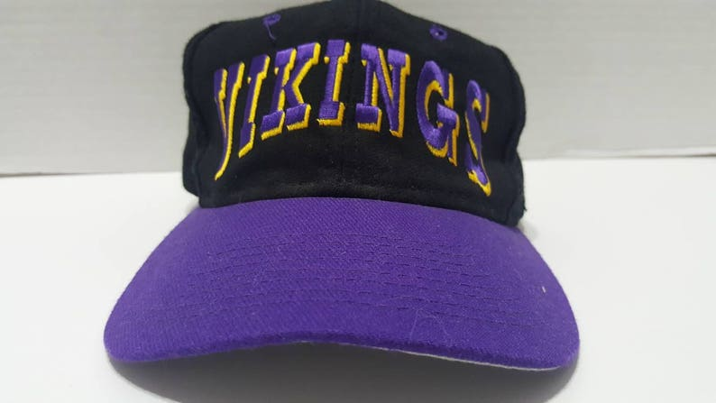 NFL Minnesota Vikings Vintage Black Purple Adjustable Snapback  1ea3b589b339