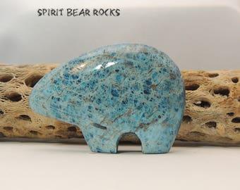 Zuni Bear fetish, Apatite Bear Figurine, 80 mm display, collectible AP3XL Spirit Bear Rocks