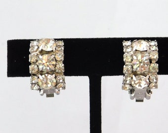 Vintage Diamante Curved Clip Earrings with Clear Crystal Rhinestones Rhodium Plated VJ2