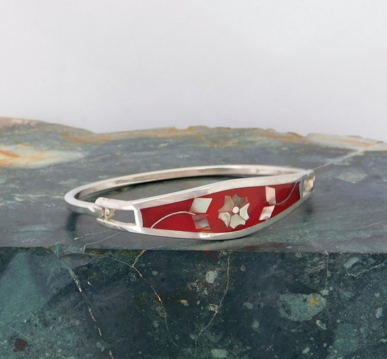 Mexican Abalone Bracelet Alpaca Silver Vintage Red Enamel 6-78 Shell Inlay H21