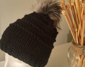 Knitted Hat with faux fur pompon