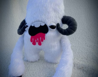 Star Wars soft toy inspired 'Wampa' sci-fi fan art plush monster.