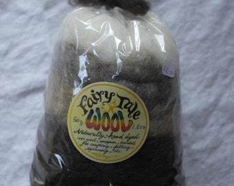 Natural Wool Roving Sampler 50g, natural wool roving, 5 assorted natural shades