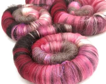 Naturally dyed art batt/ set of rolags 'Valentine's Day Evening' wool and silk roving (Phatfiber)