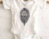 Baby bodysuit lion / Romp...