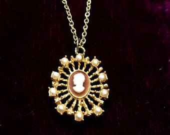 Vintage necklace - antique necklace - vintage jewelry - antique jewelry - cameo necklace - faux pearl - antique cameo - gold necklace