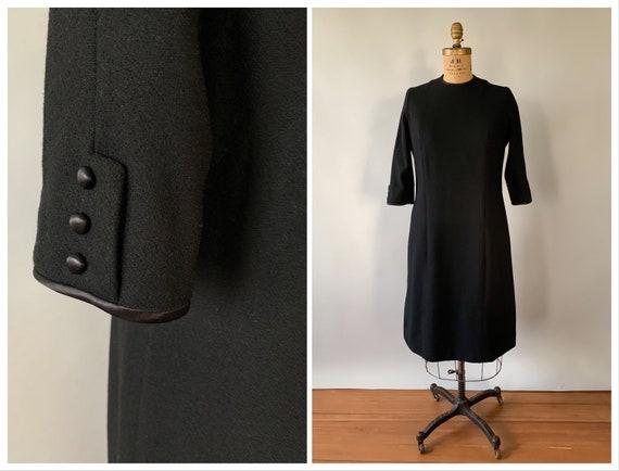 Vintage 1960s black wool shift dress dress / 60s b