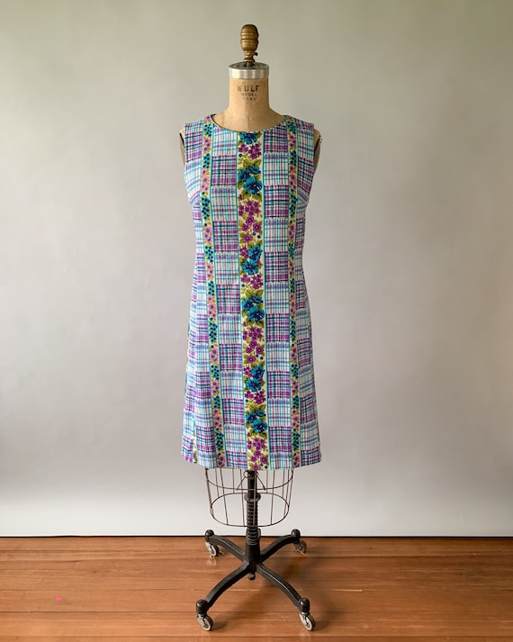 Vintage 1960s rainbow floral plaid patchwork slee… - image 2