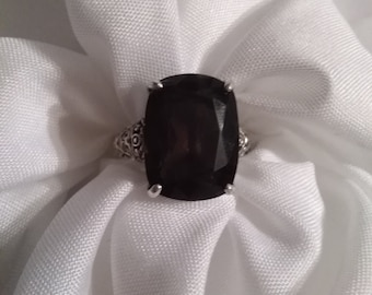Bown Sparkle Ring