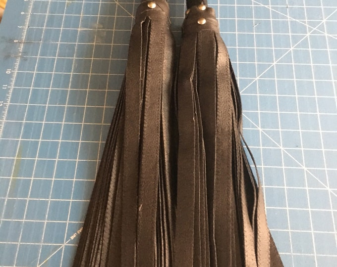 BDSM VEGAN LEATHER Florentine  Flogger set for #Femdom #Findom #Domme