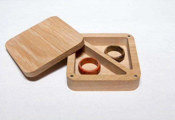 halter aus holz ring box hochzeit ring kasten ohrringe box etsy. Black Bedroom Furniture Sets. Home Design Ideas