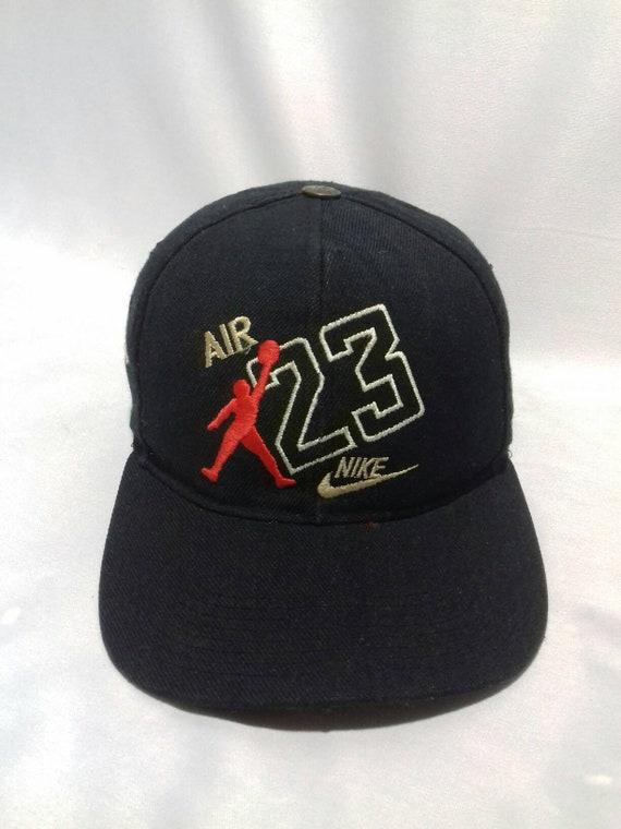 4abbd70f023a2d Rare vintage Nike Air Jordan cap plastic snap style