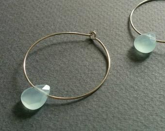 Rain drop. Aquamarine hoop earrings.