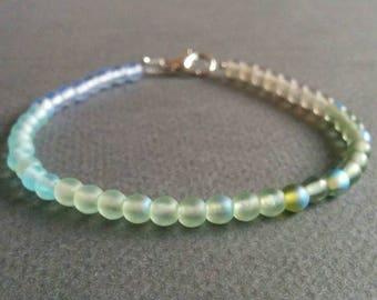 Mermaid. Delicate glass bracelet. Free shipping.