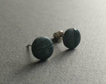The Dot 7. Stud earrings. Free shipping.