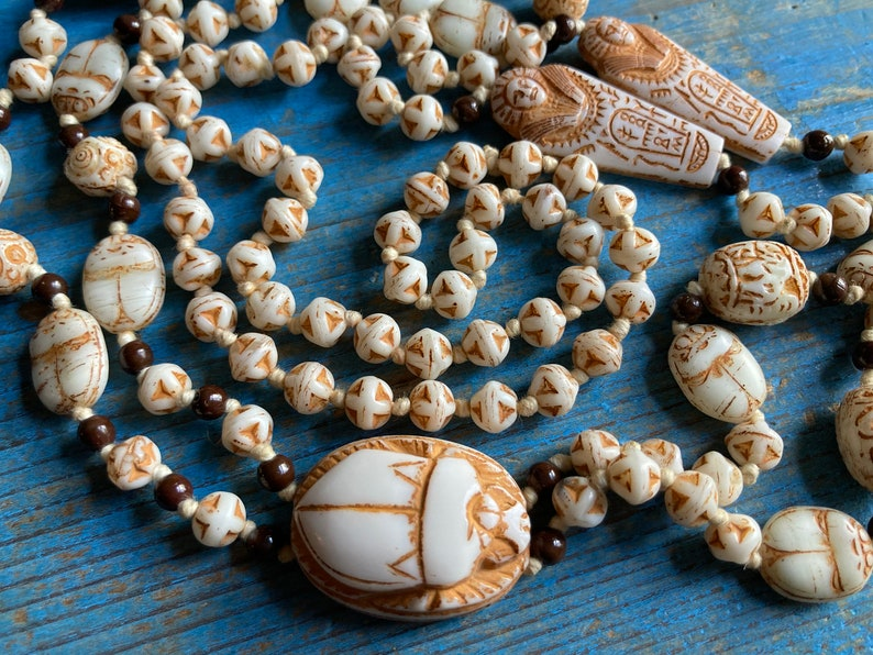 Neiger Egyptian Revival Sautoir necklace from the 1920s